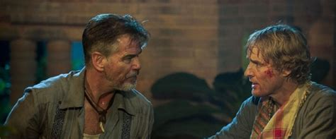 film no escape no escape movie review film summary 2015 roger ebert