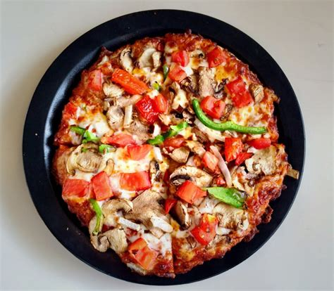 round table pizza phone number round table pizza 79 photos 22 reviews pizza 5547