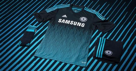 X P H Ng World Cup 2018 Chelsea 14 15 Home Away And Third Kits Released Footy