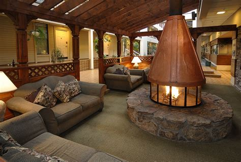 Christie Lodge Indoor Firepit