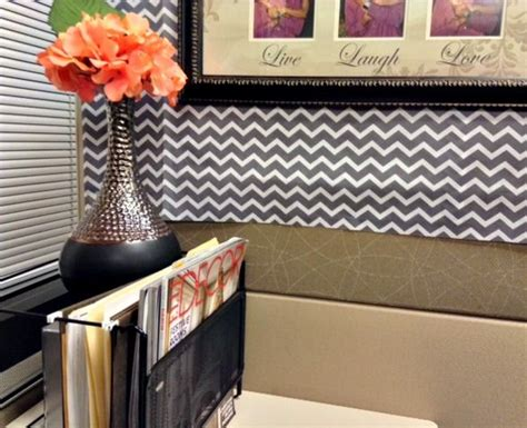 chic cubicle decor on pinterest cubicle makeover affordable style solutions for your office looking fly