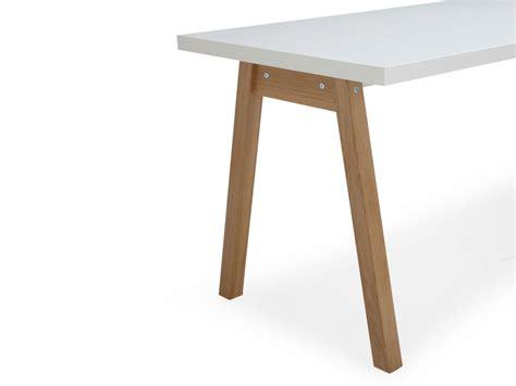 bureau bois massif blanc bureau blanc alin 233 a en bois massif oslo meuble et