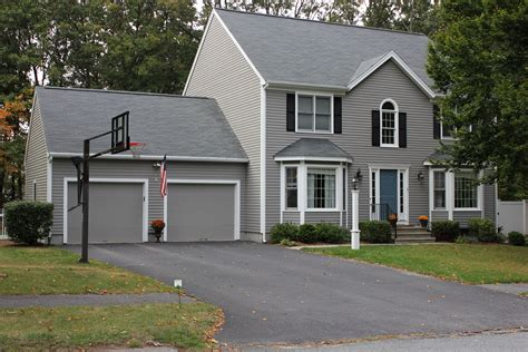 exterior gray paint new paint exterior siding is benjamin moore graystone