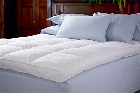 different types of comforters types of down filled comforters best goose down