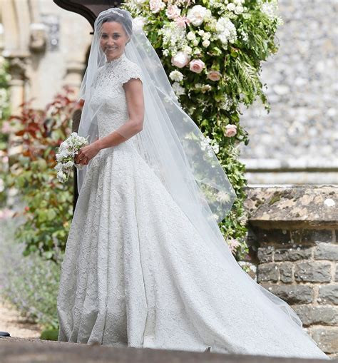 Kates All The News Today by Kate Middleton Wedding Dress Mishap Fashion Dresses