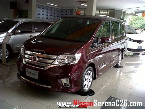 baru promo kredit murah nissan serena c26 nik 2013