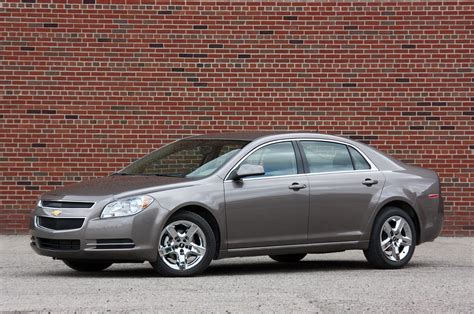 gm recalling 426 000 sedans over faulty transmission shift cable autoblog