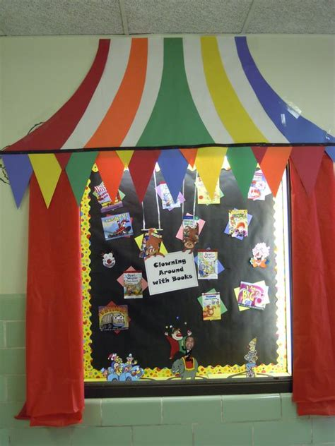 kids art display ideas for an artcompetition fundraising hollywood theme classroom ideas pta fundraiser event