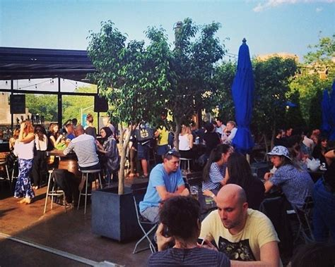 Backyard Pb Happy Hour Outdoor Happy Hour Guide 8 Nyc Spots For After Work Drinks