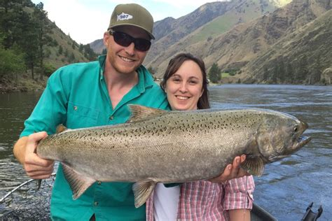 drift boat salmon river salmon river chinnook king salmon fishing riggins idaho