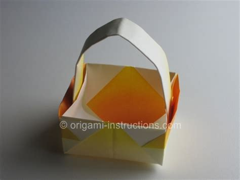 How To Make An Origami Easter Egg - easy origami easter egg easter craft origami basket