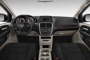 2011 Dodge Caravan Recalls 2011 Dodge Grand Caravan Reviews And Rating Motor Trend
