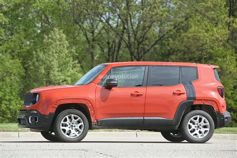 suv jeep 2017 jeep c suv prototype spied wearing renegade