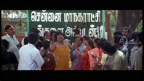 film comedy something on the run run tamil movie people mistake vivek as a godman vivek
