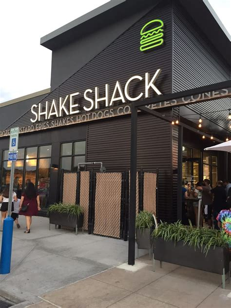 Garden State Mall Shake Shack Shake Shack 24 Photos 16 Reviews Burgers 2090 Mall