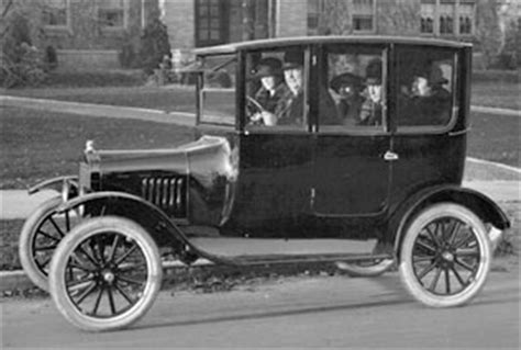 1920s automobile from the public domain