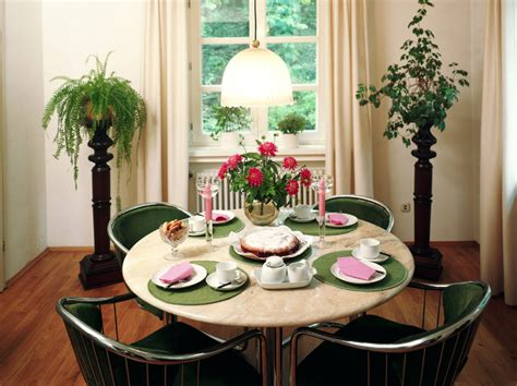 ideas for small dining rooms decorating ideas for a small dining room room decorating