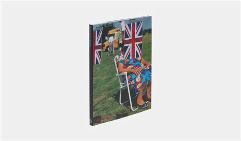 martin parr think of scotland books martin parr think of photography phaidon store