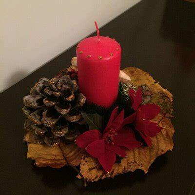 centrotavola natalizio con candela centrotavola natalizio in legno con candela feste