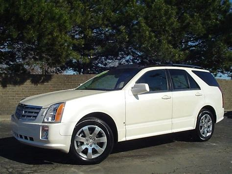 Cadillac 2007 Srx by 2007 Cadillac Srx Information And Photos Momentcar