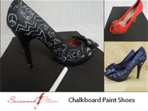 chalk paint on shoes chalkboard painted pumps favecrafts