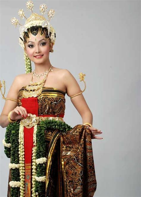 Make Up Wedding Jakarta 17 best images about wedding on engagement rings for black gold and