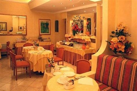 lloyd hotel corso di porta romana lloyd hotel 4