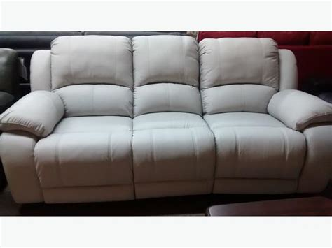 full grain leather reclining sofa clearing out full grain leather reclining sofa and love