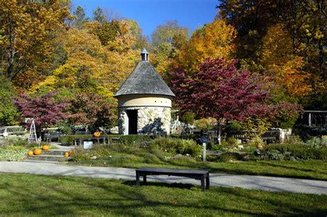 Fernwood Botanical Gardens Fernwood Botanical Garden