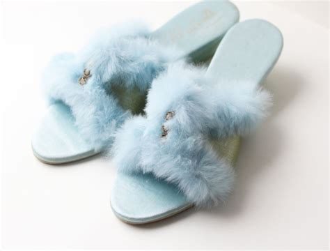 fuzzy bedroom slippers fuzzy bedroom slippers photos and
