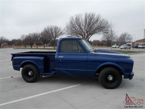 short bed 1967 chevy c10 step side short bed pick up truck