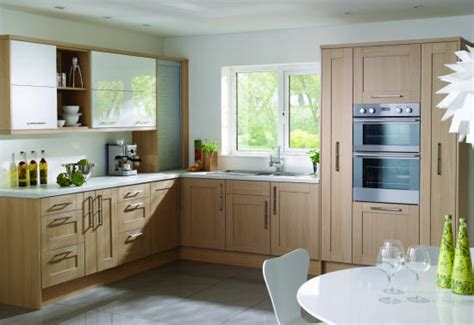 Premio Shaker Kitchen Doors Kitchen Doors Replacement Light Oak Kitchens