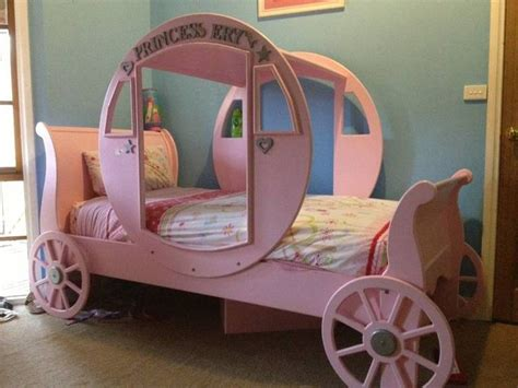 carriage bed the 25 best carriage bed ideas on pinterest