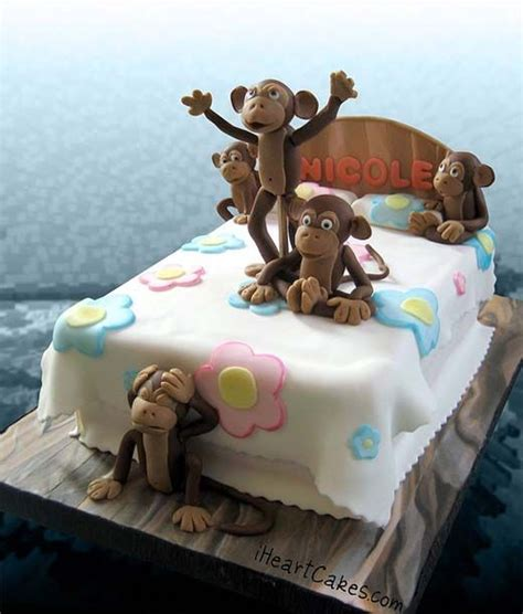 monkeys in the bed 25 best ideas about bed cake on pinterest fondant baby