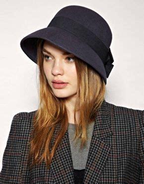 Topi Baret Pin By Shop Mombaby mix and match topi untuk daily stylemu haniva magazine