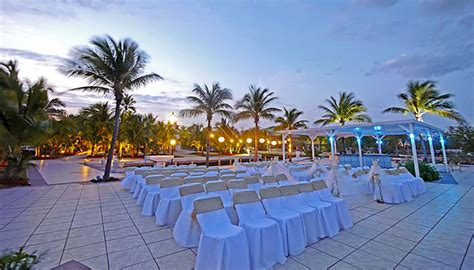 Key Largo Lighthouse & Marina   Weddings Venues & Packages