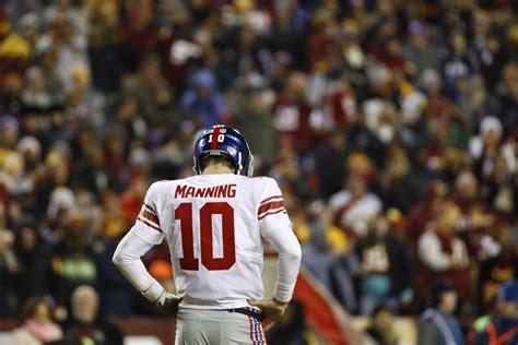 bench eli manning new york giants bench quarterback eli manning toronto star