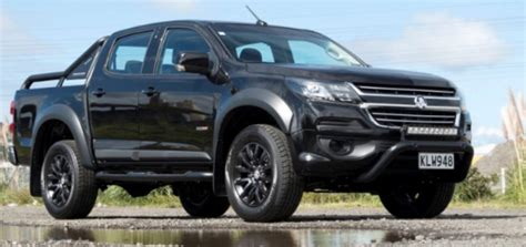 opel colorado holden colorado blackout edition revealed gm authority