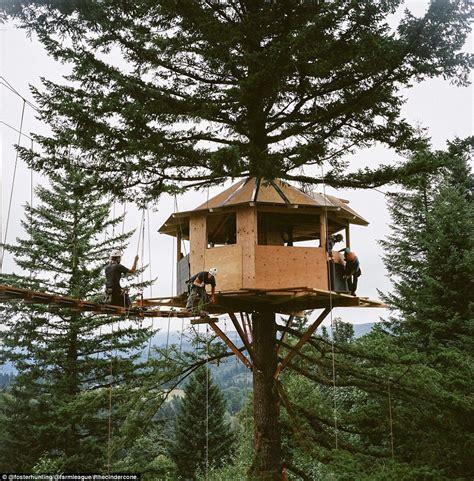 hunting tree house plans hunting tree house plans beautiful tree house plans for two trees new home plans design