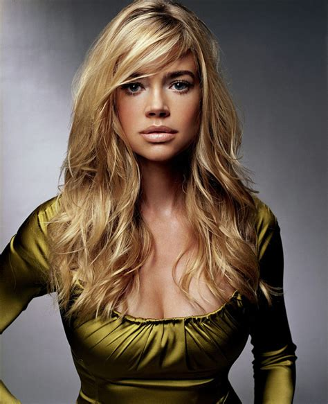 denise richards body yeeeaaah hot november 2006