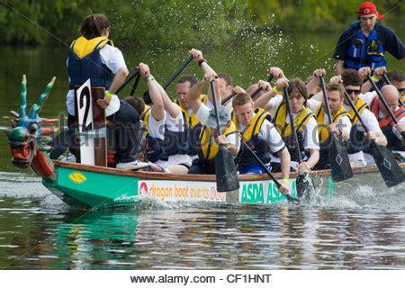 dragon boat racing abingdon 2018 dragon boat racing at abingdon on thames stock photo