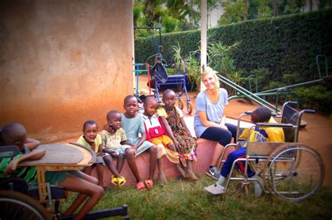 intern abroad free free volunteer programs tanzania teach africa