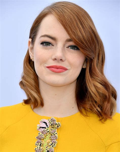 emma stone forehead how to style bangs in 6 helpful tips purewow