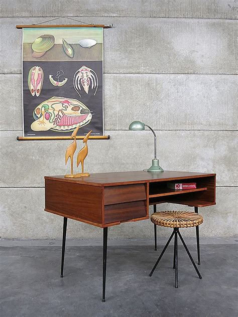 bureau vintage design industrial vintage desk minimalism mid century design