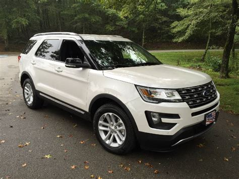 test drive ford gives 2016 explorer a lift times