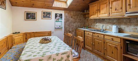 appartamenti in val di fassa casa vacanze bocche in agriturismo ciasa d 242 par 232 in val