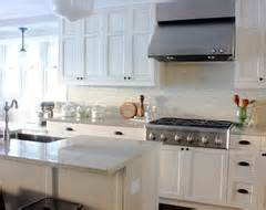 should kitchen cabinets go to the ceiling my contractor