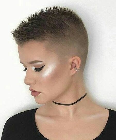 pixie cuts with buzzed back best 25 shaved nape ideas on pinterest shaved undercut