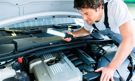 7 Car Maintenance Things A Should How To Do by 13 Things Your Car Maintenance Schedule Should Include
