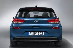hyundai i30 new car price all new hyundai i30 on sale from 163 16 995 this march autocar